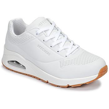 kengät Naiset Matalavartiset tennarit Skechers UNO White