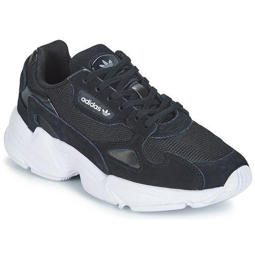 kengät Naiset Matalavartiset tennarit adidas Originals FALCON W Black