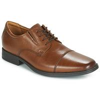 kengät Miehet Derby-kengät Clarks TILDEN CAP Brown