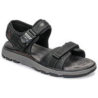 kengät Miehet Sandaalit ja avokkaat Clarks UN TREK PART Black