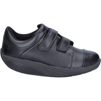 kengät Naiset Matalavartiset tennarit Mbt sneakers nero pelle performance BT192 Nero