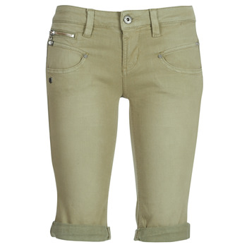 vaatteet Naiset Shortsit / Bermuda-shortsit Freeman T.Porter Belixa New Magic Color Kaki