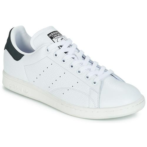 on sale cb856 63847 kengät Matalavartiset tennarit adidas Originals STAN SMITH White   Black