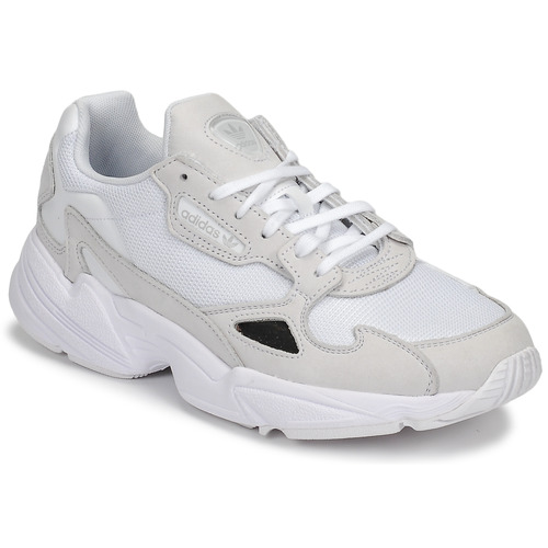 kengät Naiset Matalavartiset tennarit adidas Originals FALCON W White