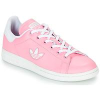kengät Tytöt Matalavartiset tennarit adidas Originals STAN SMITH J Pink