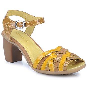 kengät Naiset Sandaalit ja avokkaat Pataugas FANNY Yellow