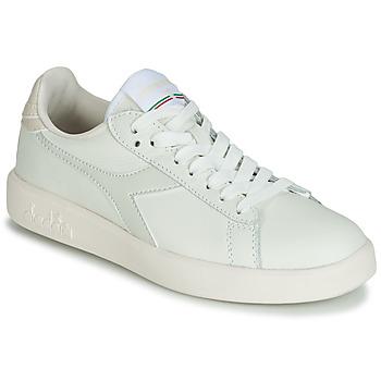 kengät Naiset Matalavartiset tennarit Diadora GAME WIDE Ecru / Grey