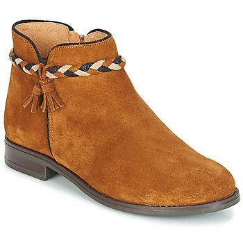 kengät Naiset Bootsit André RAVIE Camel