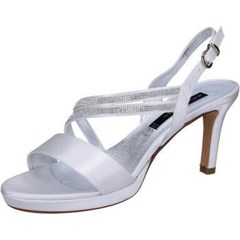 kengät Naiset Sandaalit ja avokkaat Bacta De Toi sandali bianco raso strass BT845 Bianco