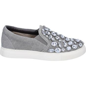 kengät Naiset Tennarit Sara Lopez slip on grigio tela pietre BT992 Grigio