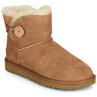 kengät Naiset Bootsit UGG MINI BAILEY BUTTON II Kamelinruskea