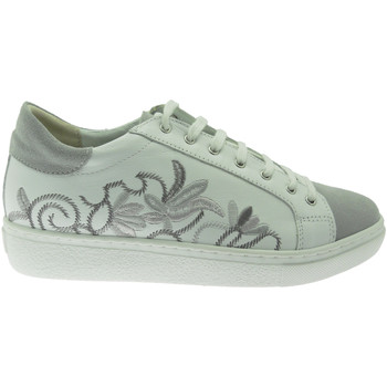 kengät Naiset Matalavartiset tennarit Calzaturificio Loren LOC3841bi bianco