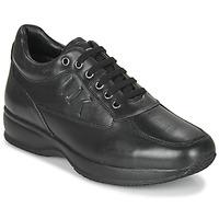 kengät Miehet Matalavartiset tennarit Lumberjack RAUL Musta