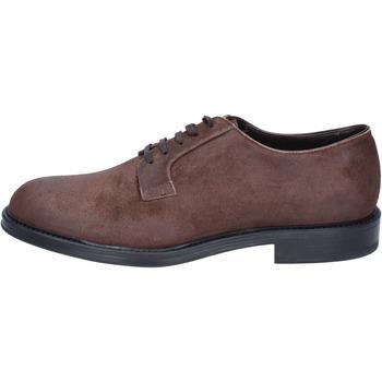 kengät Miehet Derby-kengät & Herrainkengät Triver Flight Klassikko BS729 Ruskea