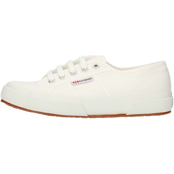 kengät Matalavartiset tennarit Superga 2750S000010 White