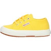 kengät Lapset Matalavartiset tennarit Superga 2750S0003C0 Yellow Sunflower