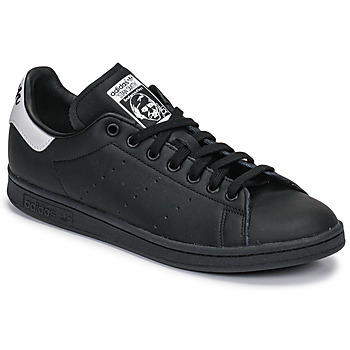 kengät Matalavartiset tennarit adidas Originals STAN SMITH Black / White