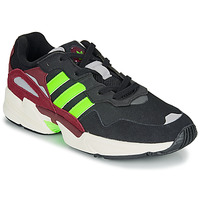 kengät Miehet Matalavartiset tennarit adidas Originals YUNG-96 Black / Green