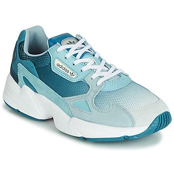 kengät Naiset Matalavartiset tennarit adidas Originals FALCON W Blue