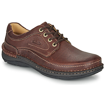 kengät Miehet Derby-kengät Clarks NATURE THREE Brown