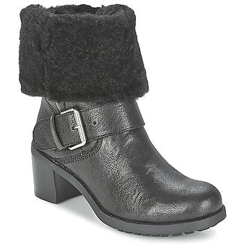 kengät Naiset Bootsit Clarks PILICO PLACE Black