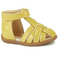 kengät Tytöt Sandaalit ja avokkaat GBB AGRIPINE Yellow