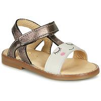 kengät Tytöt Sandaalit ja avokkaat GBB NAZETTE Beige / Bronze