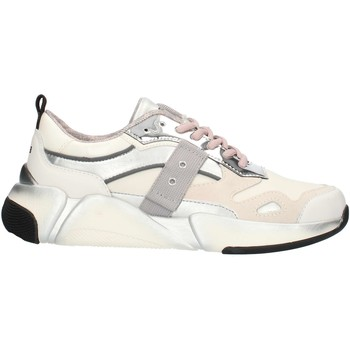 kengät Naiset Matalavartiset tennarit Blauer 9FMONROE01 White and silver