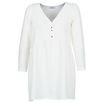 vaatteet Naiset Lyhyt mekko Betty London LADY White