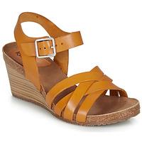 kengät Naiset Sandaalit ja avokkaat Kickers SOLYNA Camel
