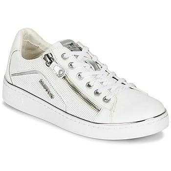 kengät Naiset Matalavartiset tennarit Mustang 1300-303-121 White / Hopea
