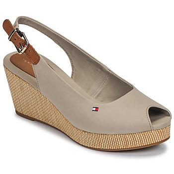 kengät Naiset Sandaalit ja avokkaat Tommy Hilfiger ICONIC ELBA SLING BACK WEDGE Taupe