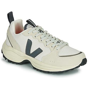 kengät Matalavartiset tennarit Veja VENTURI White / Grey