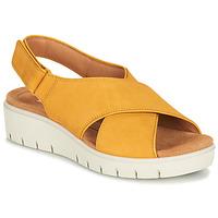 kengät Naiset Sandaalit ja avokkaat Clarks UN KARELY SUN Sinappi