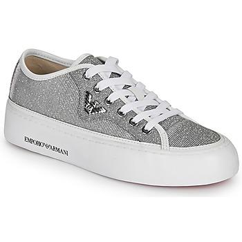 kengät Naiset Matalavartiset tennarit Emporio Armani X3X109-XL487 Hopea