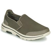 kengät Miehet Tennarit Skechers GO WALK 5 Kaki
