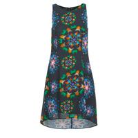 vaatteet Naiset Lyhyt mekko Desigual CLAIR Multicolour