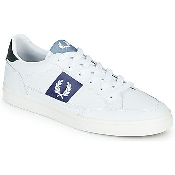 kengät Miehet Matalavartiset tennarit Fred Perry B8198 LEATHER / WHITE / NAVY White