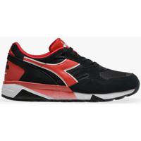 kengät Miehet Matalavartiset tennarit Diadora N9002 Musta