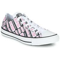 kengät Naiset Korkeavartiset tennarit Converse CHUCK TAYLOR ALL STAR LOGO PLAY Valkoinen / Vaaleanpunainen / Musta