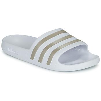 kengät Naiset Rantasandaalit adidas Performance ADILETTE AQUA White