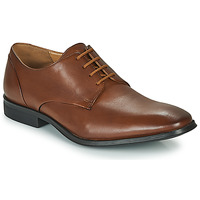 kengät Miehet Derby-kengät Clarks GILMAN PLAIN Brown