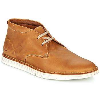 kengät Miehet Bootsit Clarks FORGE STRIDE Ruskea