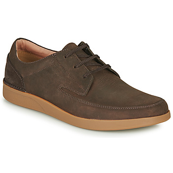 kengät Miehet Derby-kengät Clarks OAKLAND CRAFT Brown