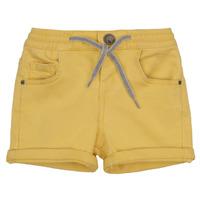 vaatteet Pojat Shortsit / Bermuda-shortsit Ikks XAVIER Keltainen