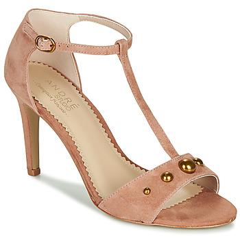 kengät Naiset Sandaalit ja avokkaat André LA DOMPTEUSE Pink