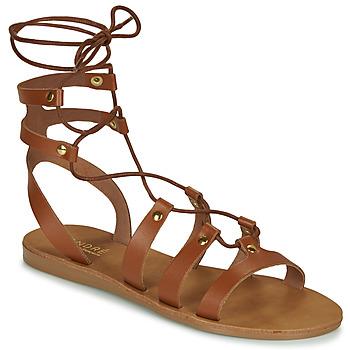 kengät Naiset Sandaalit ja avokkaat André BEA Camel