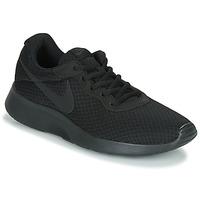 kengät Miehet Matalavartiset tennarit Nike TANJUN Musta
