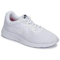 kengät Naiset Matalavartiset tennarit Nike TANJUN Valkoinen