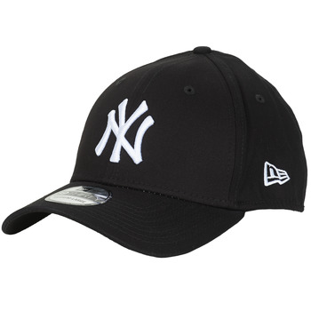 Asusteet / tarvikkeet Lippalakit New-Era LEAGUE BASIC 39THIRTY NEW YORK YANKEES Black / White